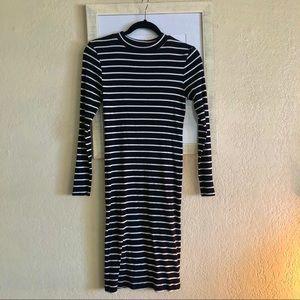 🛍3 for 25🛍 H&M divided Basic Midi Dress